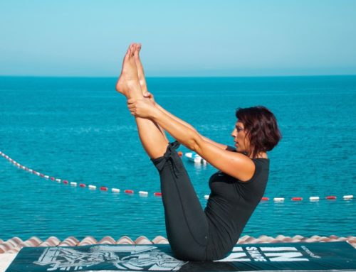 Pilates-Fotos am Meer